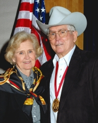 2004-rodeo-hall-348-web